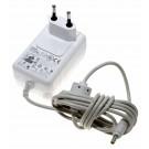 Gebrauchtes Creative TESA9G-0502400 Netzteil, Ladegerät, Stromadapter für ZEN Vision M MP3-Player, 5V, 2,4A